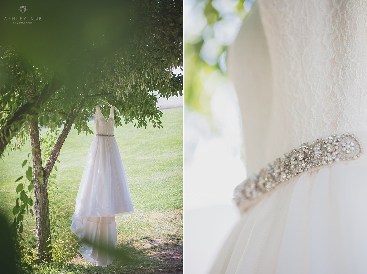 Relaxed Springtime Wedding Shot By Orlando Wedding Photographer